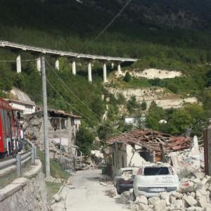 Terremoto: la situazione di strade, ferrovie, aeroporti e rete elettrica