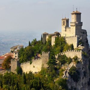Banche, Cassa di Risparmio di San Marino vicina al crack: il piano per evitarlo