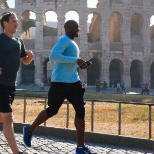 Zuckerberg a Roma: la lezione alla Luiss, gli incontri con Renzi e il Papa