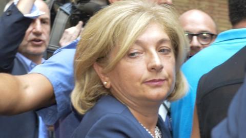 Roma, Muraro indagata da aprile: M5S furioso con Raggi