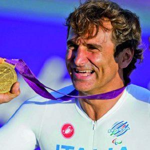 Paralimpiadi, Zanardi campione totale