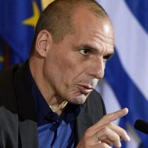 Uscire dall'euro: ora Varoufakis ammette che sarebbe un disastro