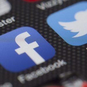 Facebook, azionista va in tribunale dopo il maxi-tonfo in Borsa