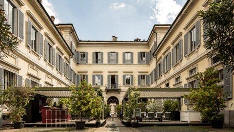 """Milano, antiquariato sui """"ricordi di viaggio"""""""