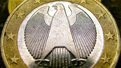 Euro forte, che rebus: ecco cosa c'è dietro