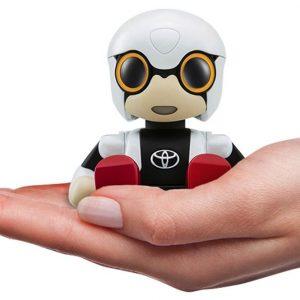 Toyota lancia Kirobo Mini, il robot per chi guida