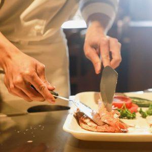 Ristorazione: 11 milioni di persone mangiano fuori casa, ma la crisi pesa ancora