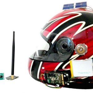 Moto: Shelmet, il casco intelligente che segnala i pericoli