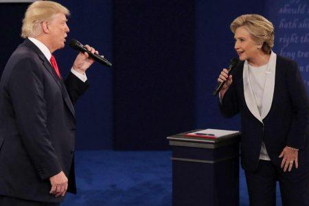 Presidenziali Usa: Hillary e Bloomberg rinunciano, Trump fa ironia