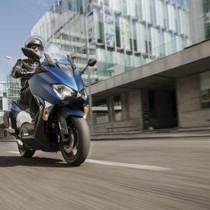 Vodafone e Yamaha presentano i primi scooter connessi
