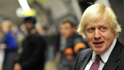 Brexit: Johnson allenta i vincoli per gli studenti stranieri