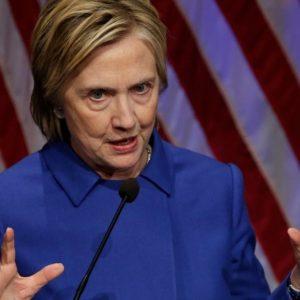 Hillary irriconoscibile dopo la sconfitta – VIDEO