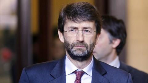 Renzi pensa alle elezioni subito, Franceschini in azione