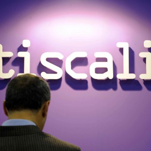 Tiscali: accordo con Fastweb sulla fibra, il titolo decolla in Borsa