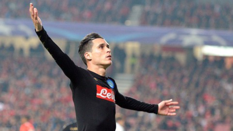 Champions, il Napoli sbanca Lisbona. Stasera Juve-Dinamo