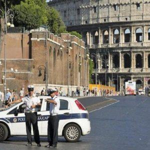 Roma, blocco auto: chi può circolare domenica