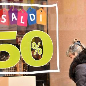 Saldi, Confcommercio: italiani pronti a spendere