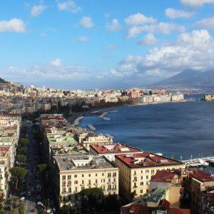 Quanto costano i Comuni? Napoli il più caro, Roma e Milano (quasi) pari