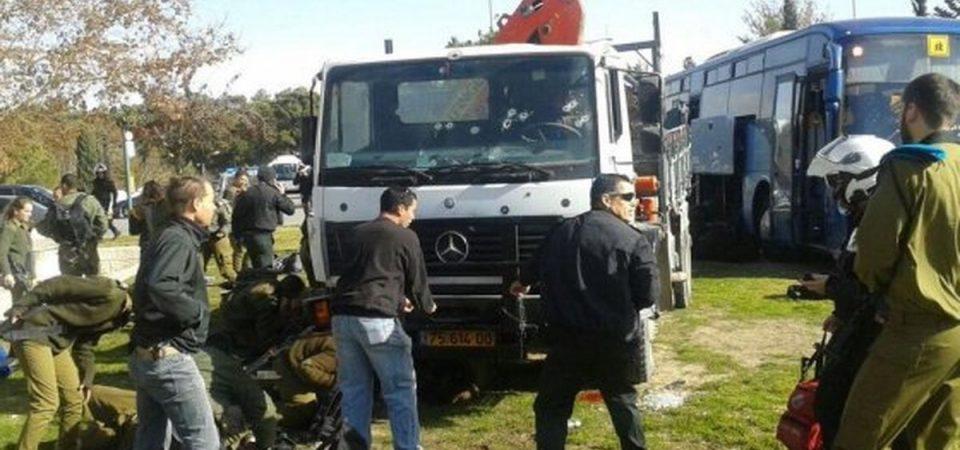 Gerusalemme, camion uccide 4 soldati (VIDEO)