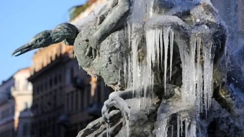 Meteo: ancora gelo, in arrivo pioggia, vento e neve