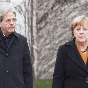 """Gentiloni a Merkel: """"No a Europa a due velocità"""""""