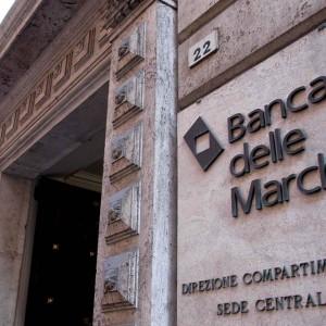 Crack Banca Marche, l'ex dg Bianconi e 16 manager sotto tiro