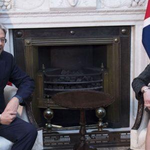 """Brexit, Gentiloni a May: """"No a negoziato distruttivo"""""""
