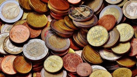 Euro, le monete da 1 e 2 cent restano