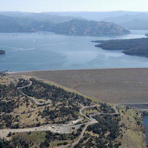 California: pericolo diga, 200mila evacuati