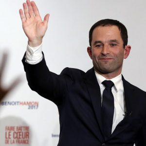 Francia, salta l'accordo a sinistra fra Hamon e Melenchon