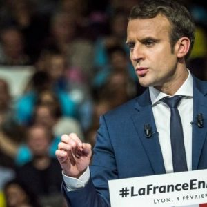 Francia, elezioni: conto alla rovescia, sarà lotta a quattro