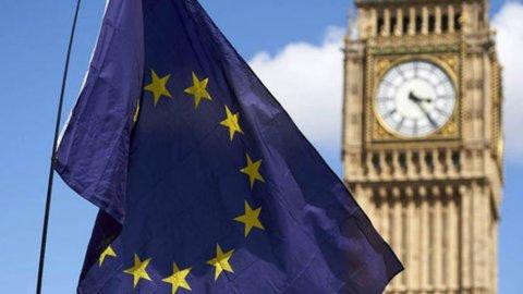 Brexit, il Parlamento Uk esclude il No deal: le 3 opzioni rimaste