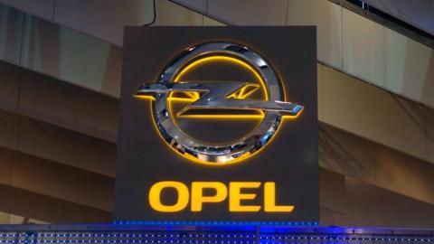 Psa: chiusa in anticipo acquisizione Opel