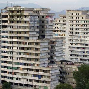 Periferie: fondi dal governo per 24 città, si parte da Scampia