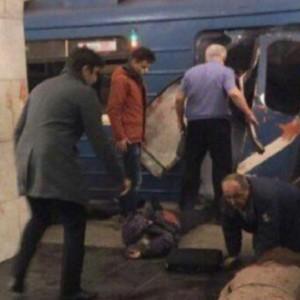 San Pietroburgo, 11 morti e decine di feriti