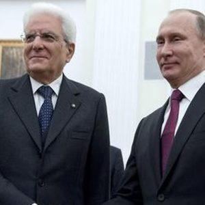 """Mattarella da Putin: """"Uniti contro terrore"""""""