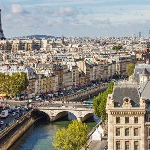 Le Pen frena e Parigi trascina su tutte le Borse