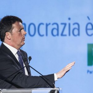 Primarie Pd, oggi al voto con Renzi in pole position