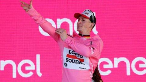 Giro: Greipel conquista tappa e maglia rosa