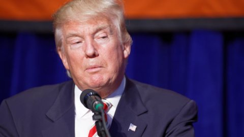 Trump ordinò a Fbi di insabbiare il Russiagate