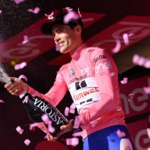 Il Giro è di Dumoulin, Nibali terzo