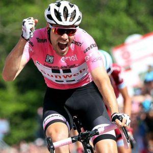 Giro: Dumoulin super, male Quintana e Nibali