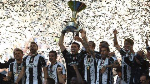 Juve, sesto scudetto consecutivo: è nella leggenda