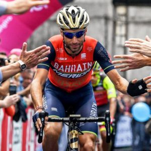 Giro d'Italia, a Bormio Nibali torna Squalo