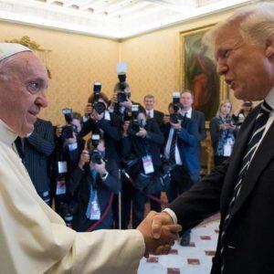 Trump e il Papa: primo faccia a faccia (VIDEO)