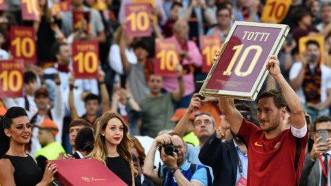 Totti, addio commosso: la Roma è seconda