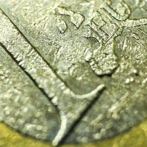 Euro forte e Piazza Affari al top: ora che fare? L'analisi di Ubs