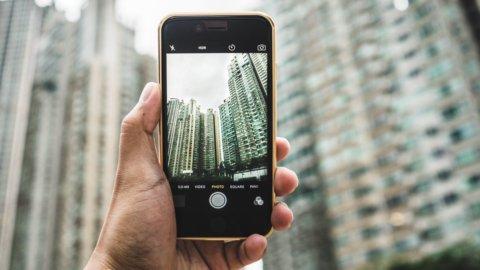 Roaming, addio: nella Ue telefonate e sms senza limiti, ma occhio a Internet
