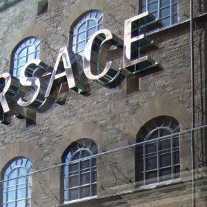 Versace verso gli Usa: andrà a Tiffany o Michael Kors per 2 miliardi