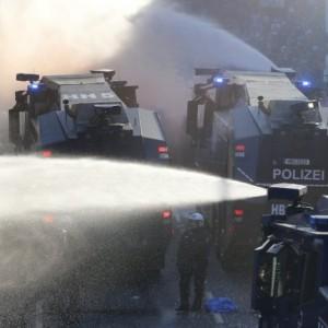 G20 Amburgo: scontri e centinaia di feriti
